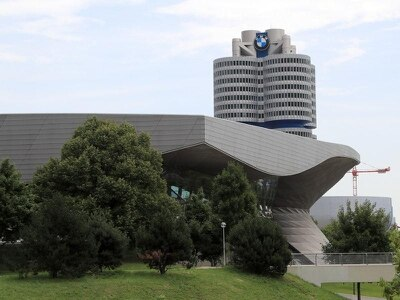 Prosecutors raid BMW headquarters in emissions investigation