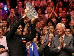 Ronnie O'Sullivan launches fresh attack on World Snooker chief Barry Hearn