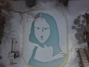 The Mona Lisa carved into the snow