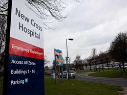 Hospital medic keeps job after botched blood test checks