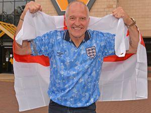 Steve Bull donned his Italia 90 shirt ahead of the England v Italy final