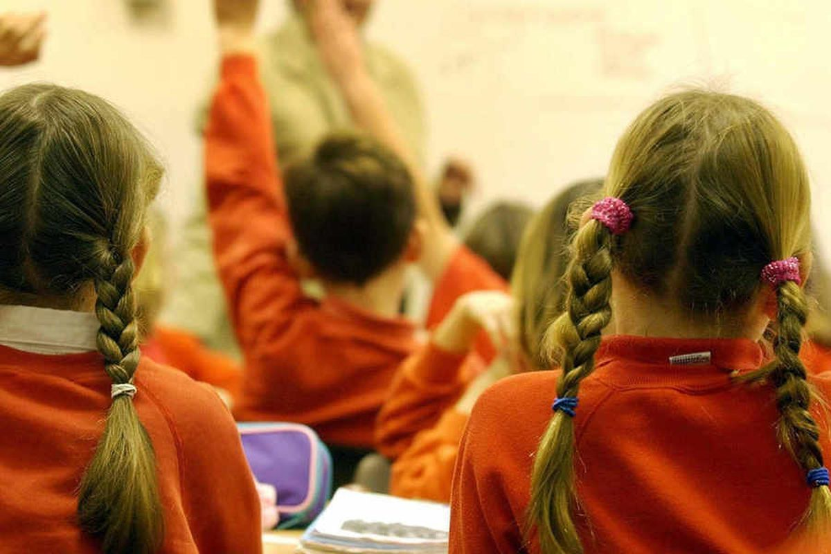 School pupils to be fingerprinted