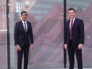Rishi Sunak (left), with Stuart Anderson MP at Wolverhampton Art Gallery