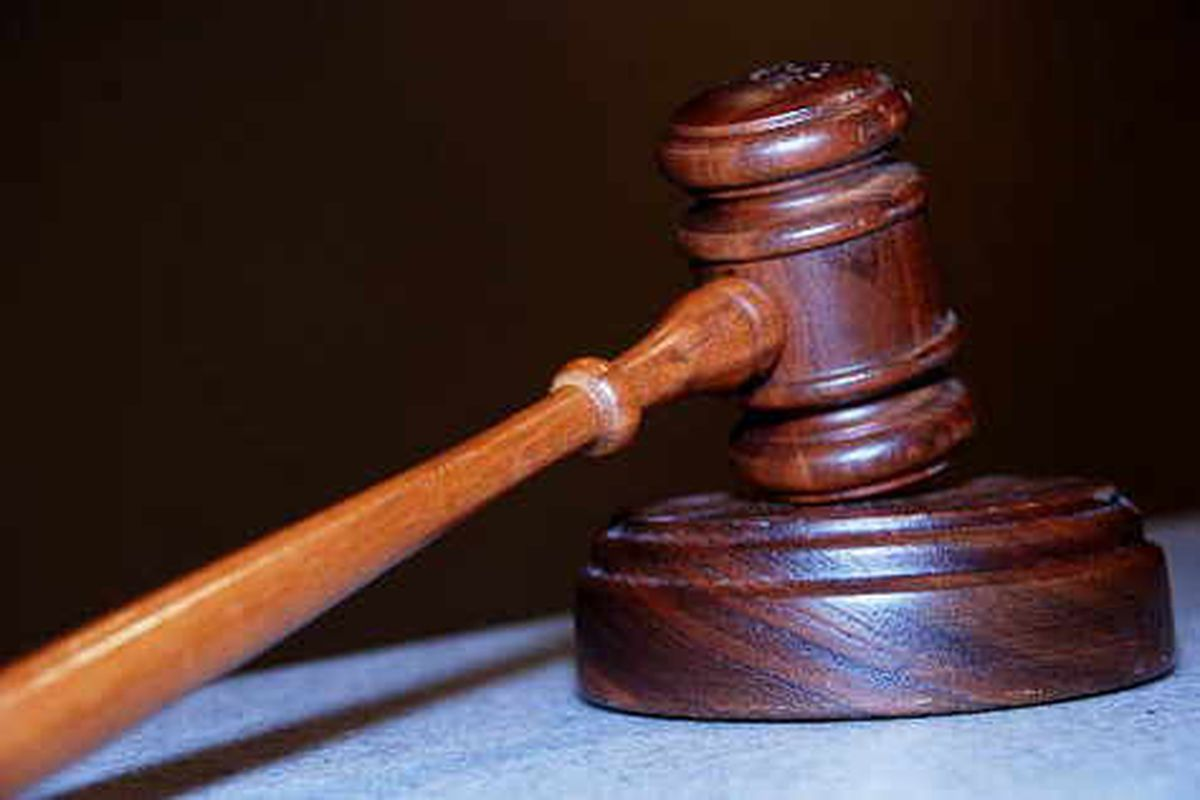 Three who helped double glazing con sentenced