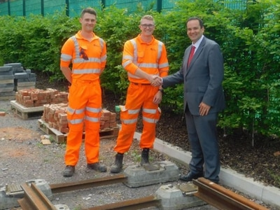 Midland Metro Alliance go back to school to deliver light rail module for Wolverhampton students