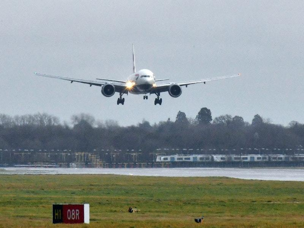 Claim of no drones at Gatwick due to 'poor police communications'