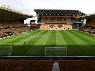 Wolves fan banned for throwing pie at rival West Ham supporter