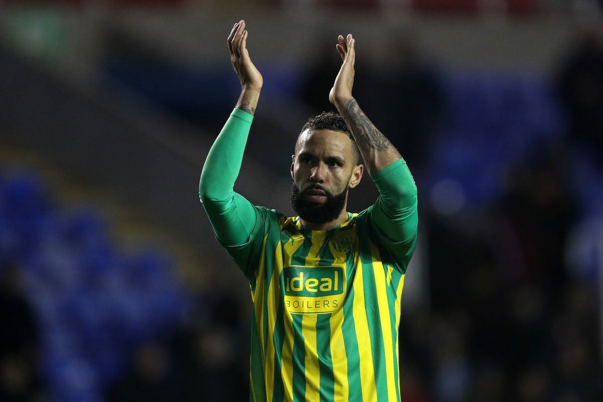 Kyle Bartley of West Bromwich Albion applauds the West Bromwich Albion Fans at the end of the match (AMA)