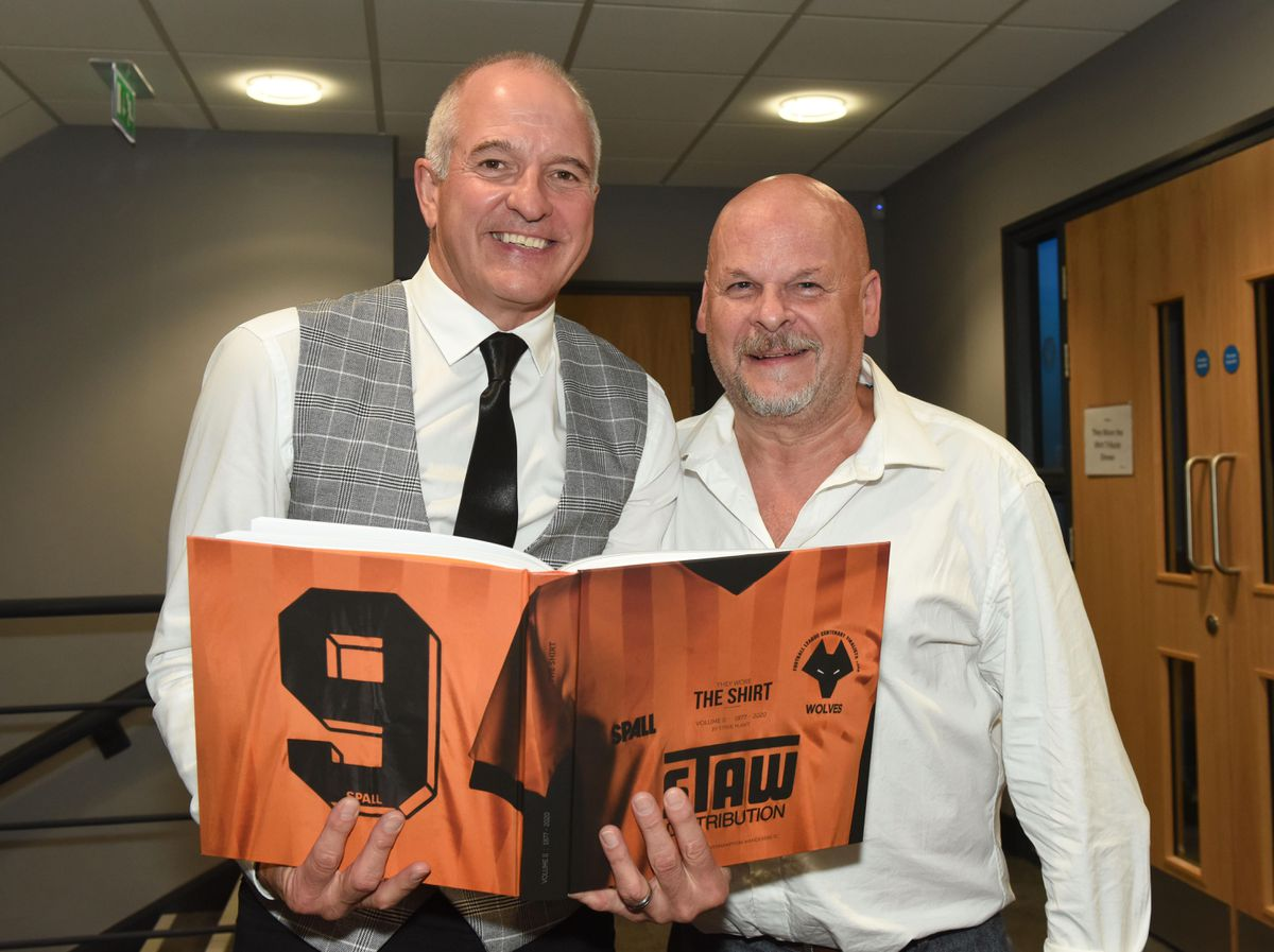 Steve Bull and Steve Plant with the new 'They Wore the Shirt' book