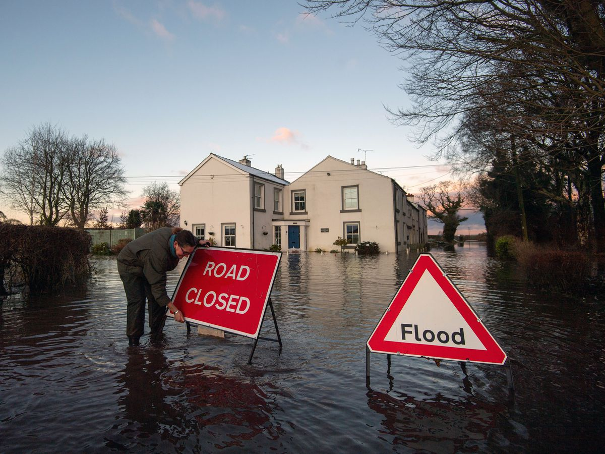 Winter weather flooding in Cheshire