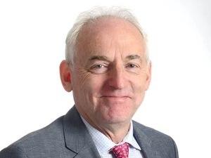 Dr Chris Handy