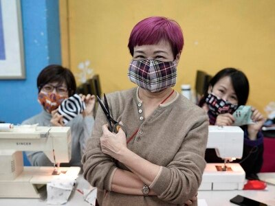 Hong Kong theatre group volunteers make homemade masks to combat coronavirus