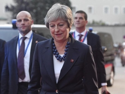 Theresa May under pressure to alter course on Brexit