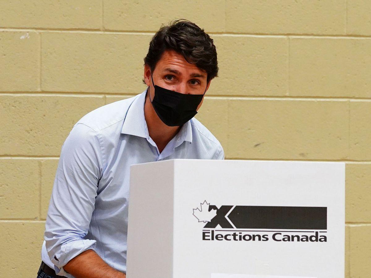 Liberal leader Justin Trudeau votes