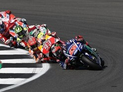 Bautista bolsters Phillip Island lead with Superpole race win