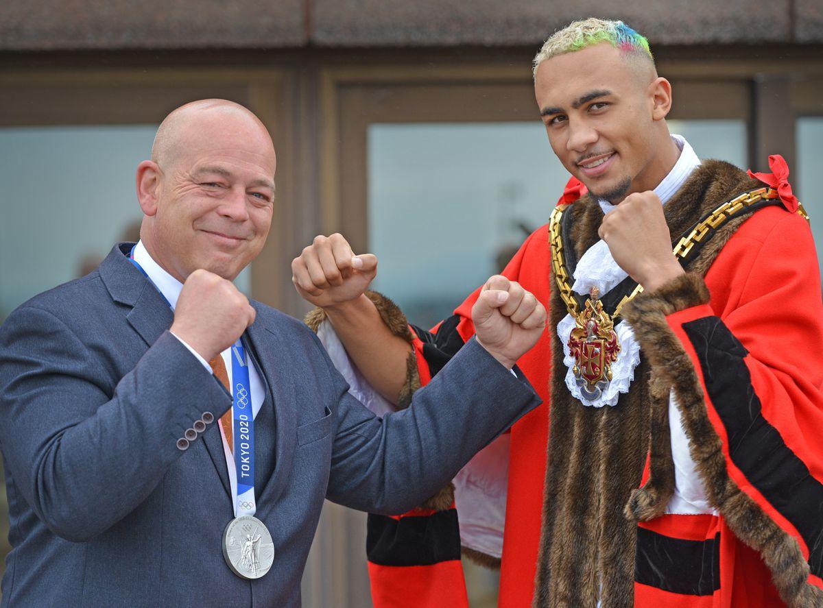 Olympic boxer Ben Whittaker becomes Mayor of Wolverhampton for the day with the help of Mayor Greg Brackenridge.