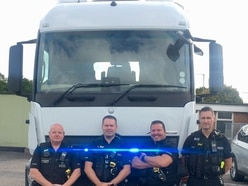 Police 'spy' truck tackles phones at wheel
