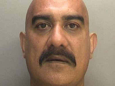 Taxi driver jailed for questions to juror during drug trial