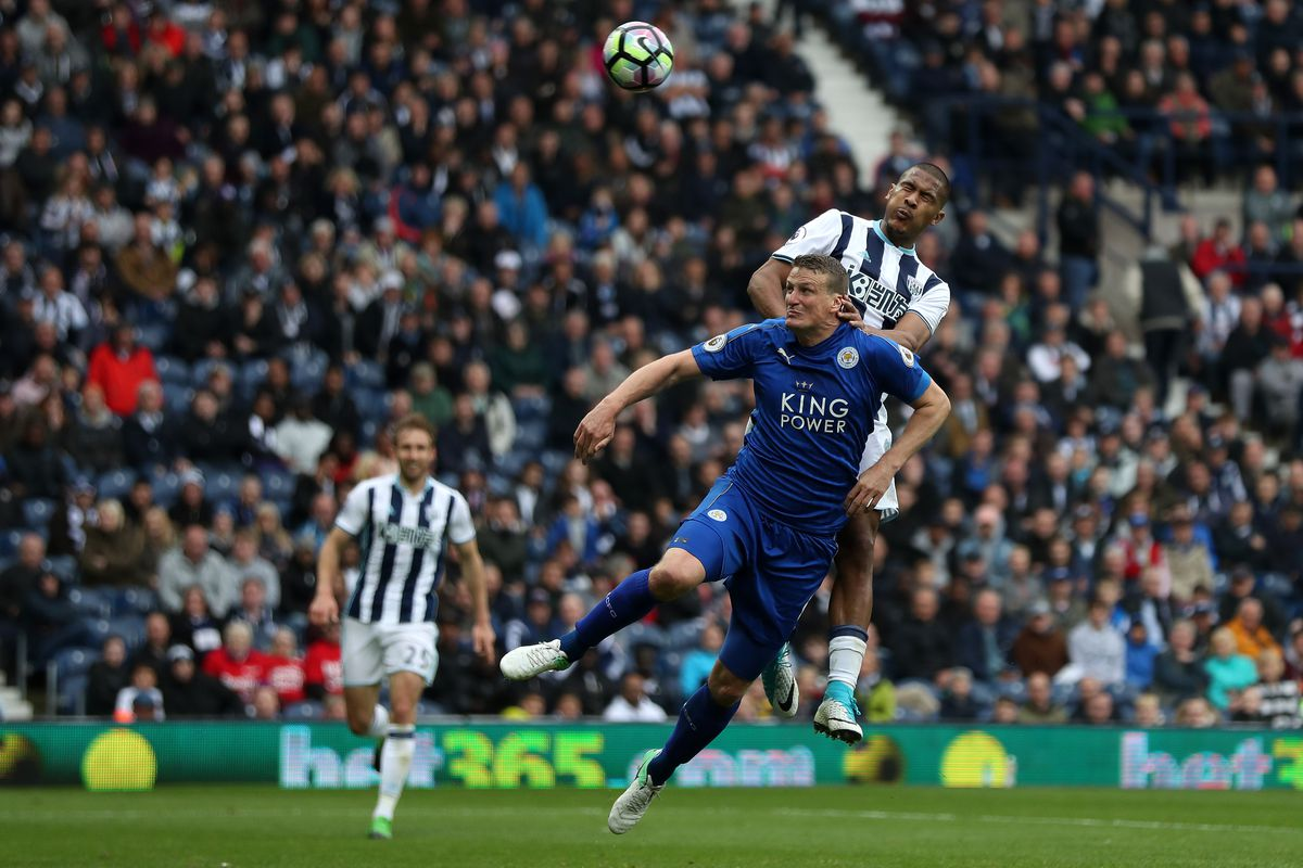 Robert Huth of Leicester City and Salomon Rondon