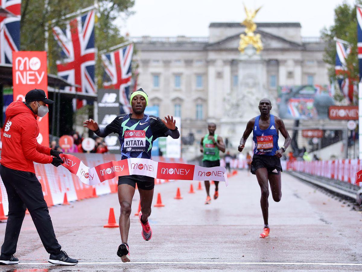 Shura Kitata wins the 2020 London Marathon