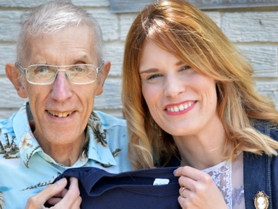 Woman to complete wing walk after dad diagnosed with cancer