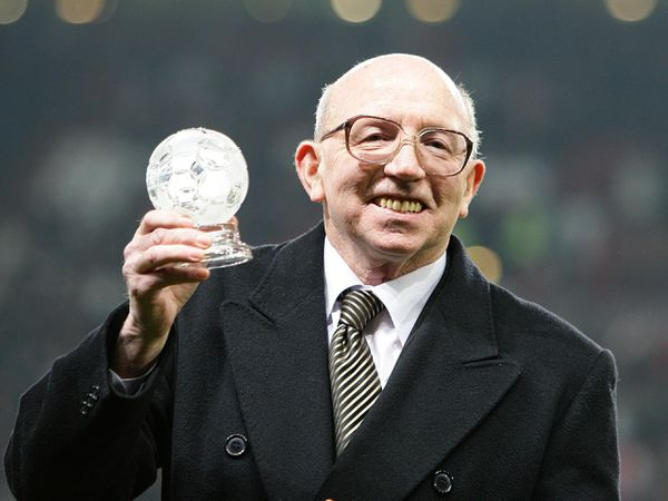 England World Cup winner Nobby Stiles has ied at the age of 78
