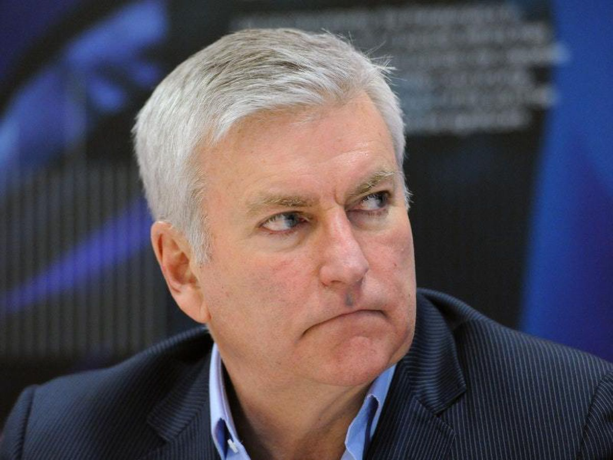 RFU chief executive Bill Sweeney will take a 25 per cent pay cut