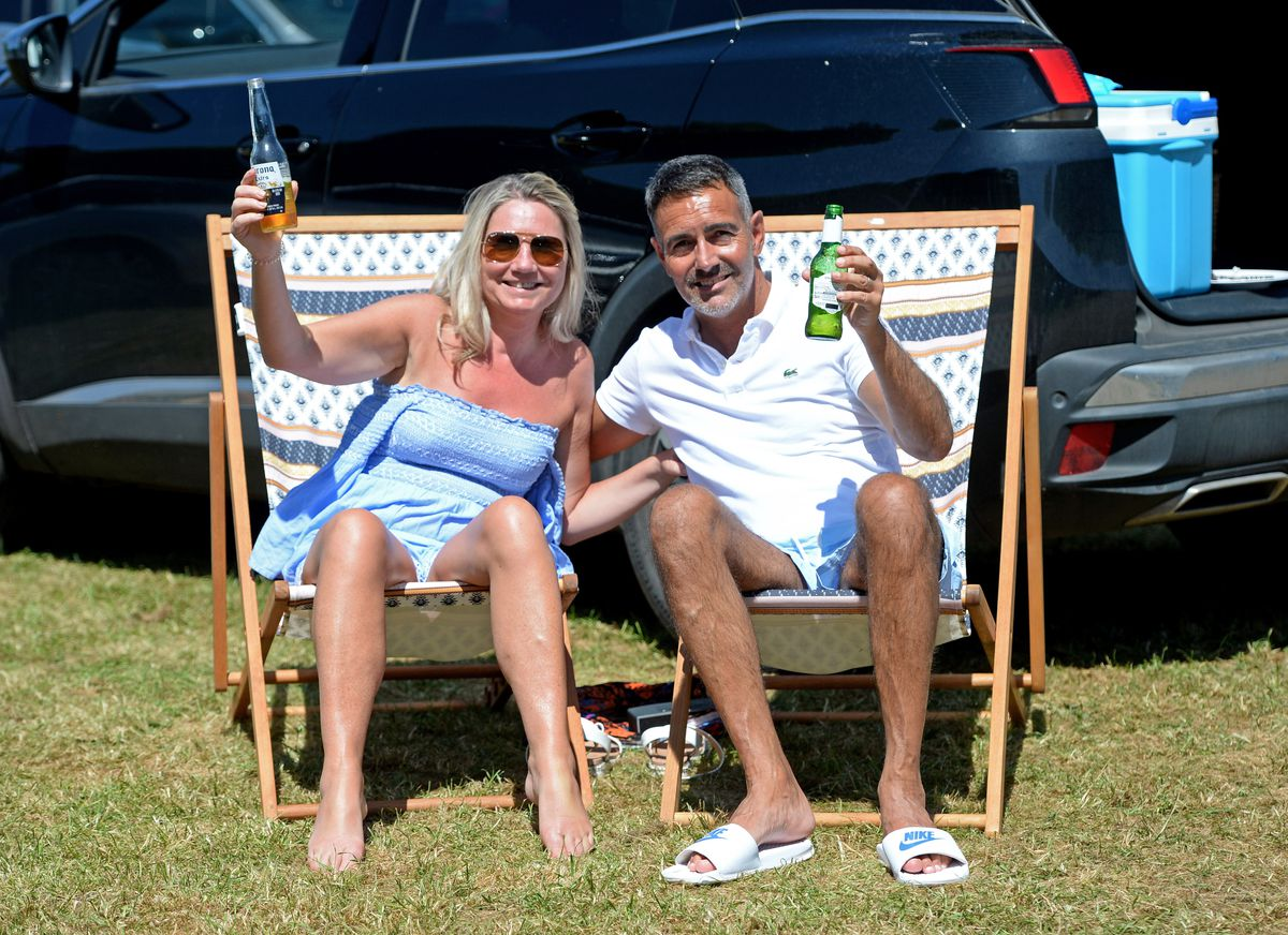 Sharon and Wayne Trouth from Milking Bank, Dudley, enjoy a beer