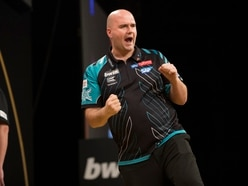 2018 world champ Rob Cross in the opening session at the darts