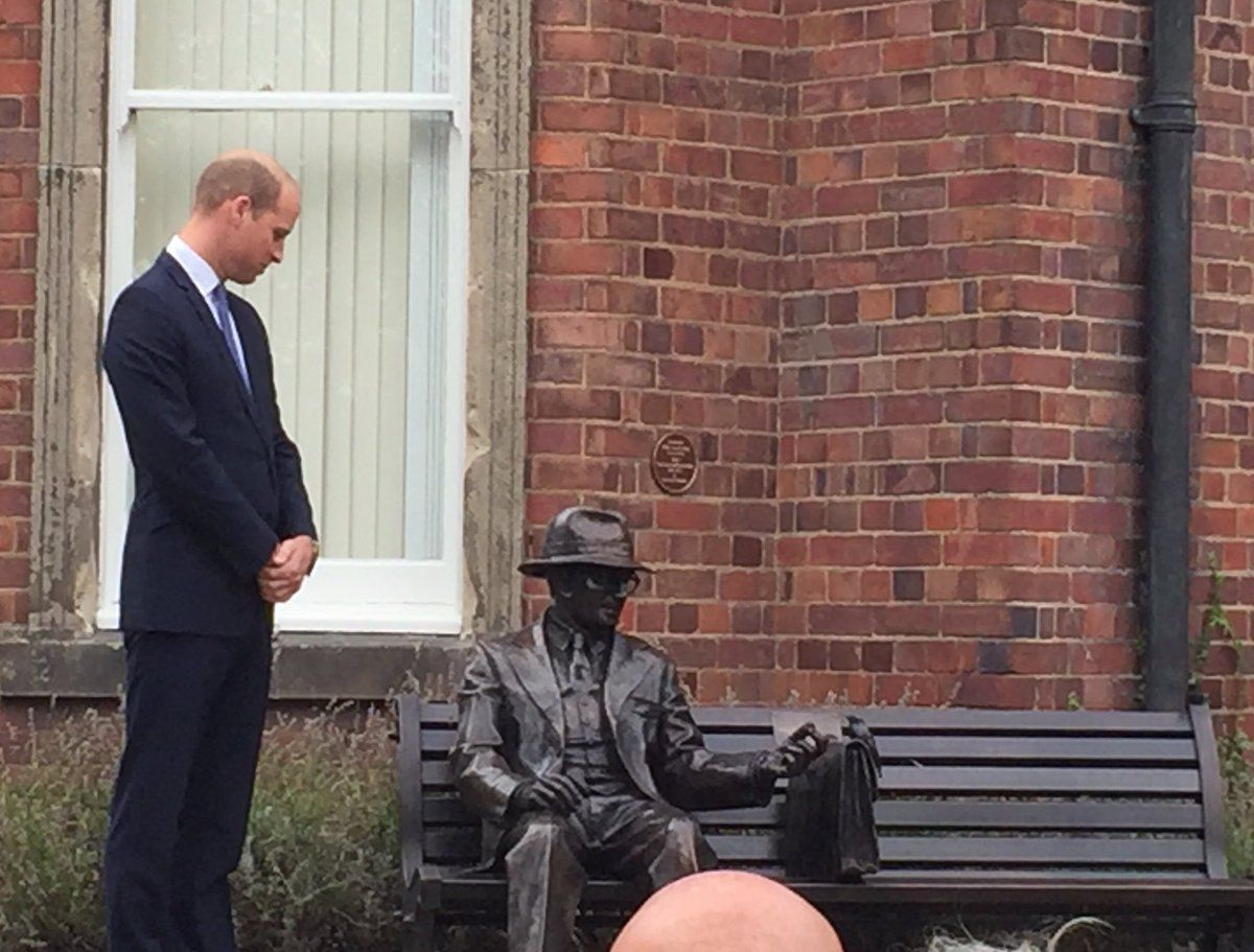 The prince with the newly unveiled Frank Foley statue. Credit: Sarah Norman