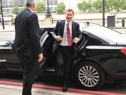 Hunt refuses to commit to taking Britain out of the EU before Christmas