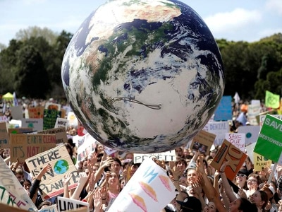 Tens of thousands join climate change protests across world