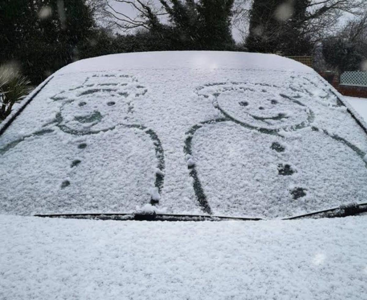 Snow in Wall Heath on Sunday morning. Photo: Jan Hart @xandrahart