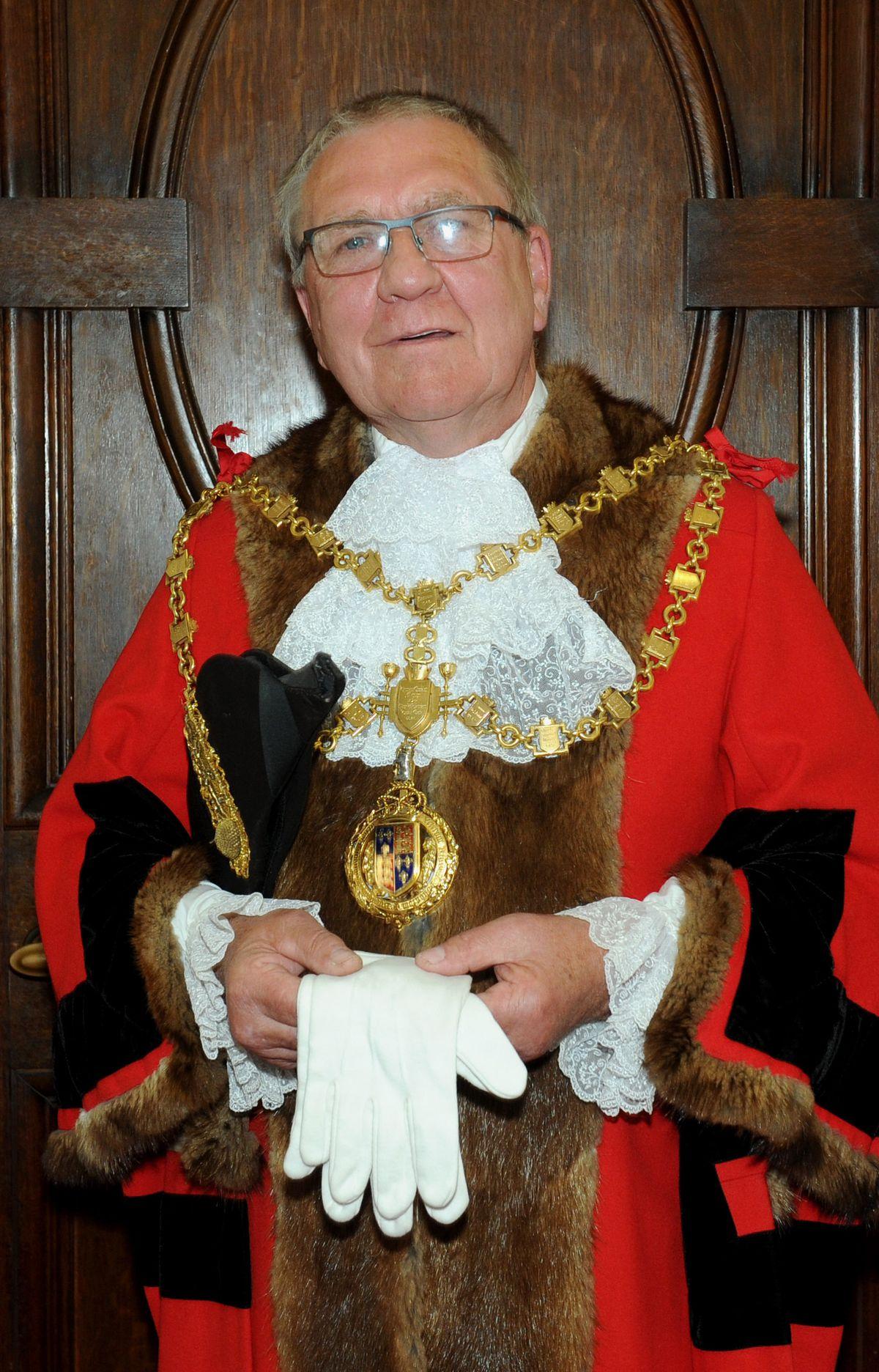 Mayor Paul Bott in his robes