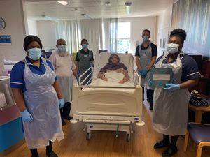 Hanifabibi Shaikh leaving the hospital