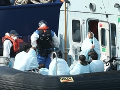 More than 4,000 migrants reach UK by small boats in 2020