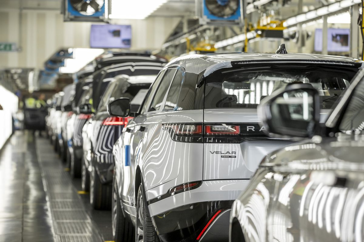 The Range Rover Velar production line at Solihull