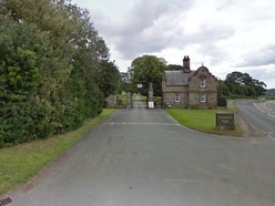 Earl seeks permission to repair stately home
