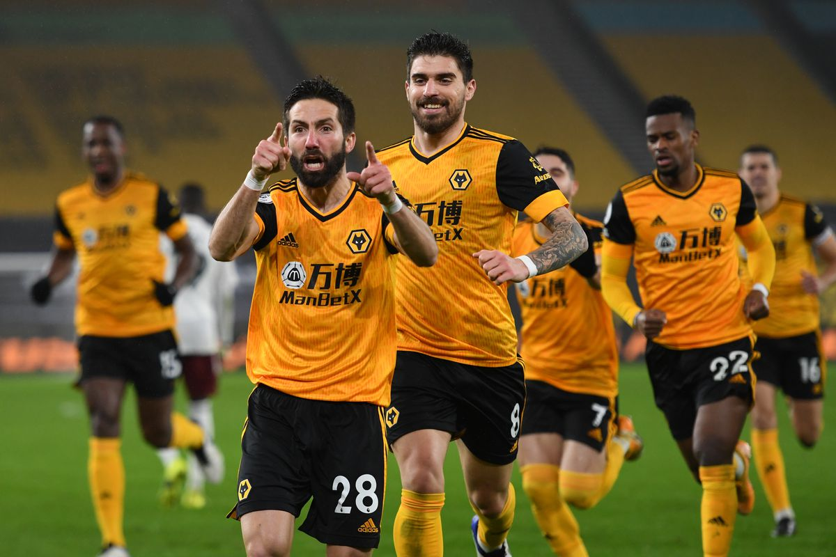 Joao Moutinho of Wolverhampton Wanderers celebrates after scoring a goal to make it 2-1 (AMA)