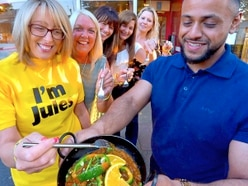 Curry night for cancer fight