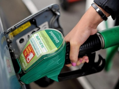 Asda cuts fuel prices by 2p per litre