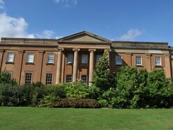 Alert over claim dog death was linked to Himley Hall goose droppings