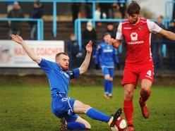 Halesowen Town 1 Buxton 3 - Report and pictures