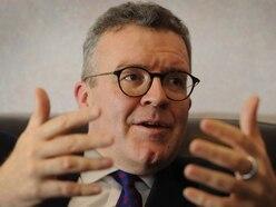 Tom Watson MP condemns animal trophy hunting