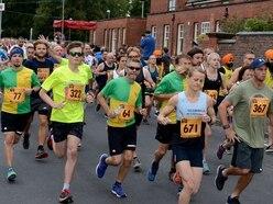 Carver Wolverhampton Half Marathon events 2018: Crowds cheer on 1,800 taking part