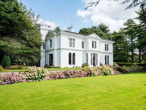 This stunning manor house will be transformed into a pub