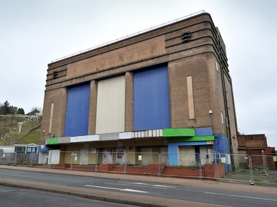 Dudley Hippodrome will not be demolished for two years