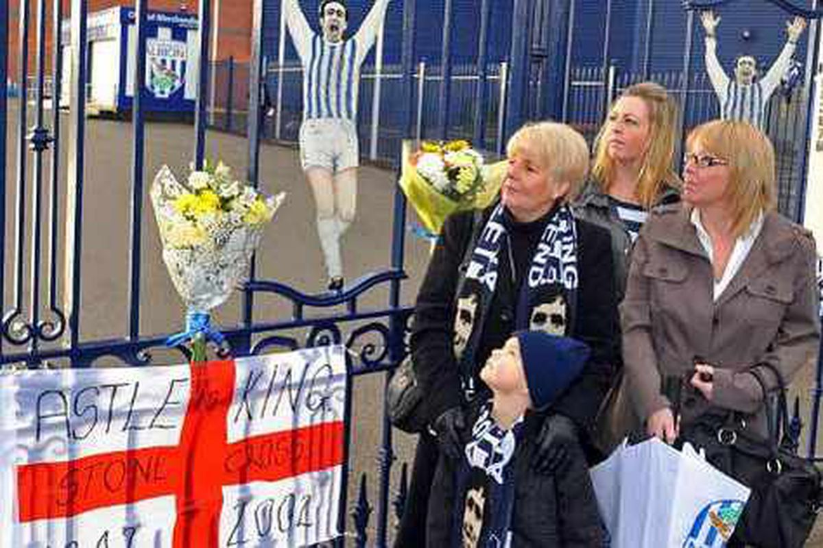 Wife Laraine Astle, daughters Claire Astle and Dorice Mottram and grandson Bradley Pickersgill, aged four, mark the anniversary of Jeff?Astle's death in 2012.