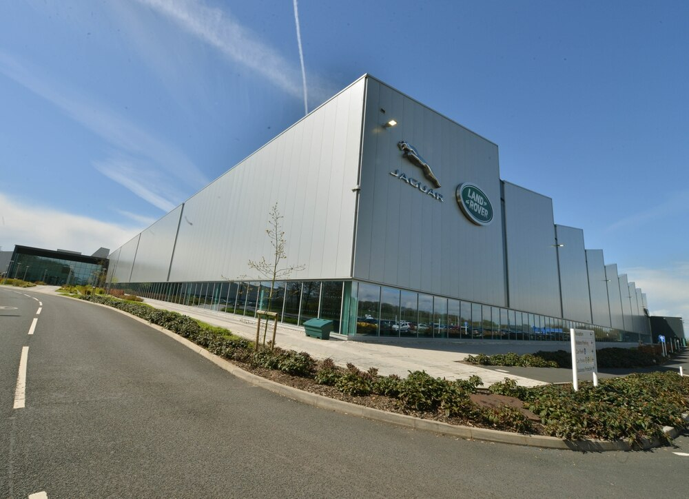 Jaguar Land Rover April sales down 13.3% at 39,185 units