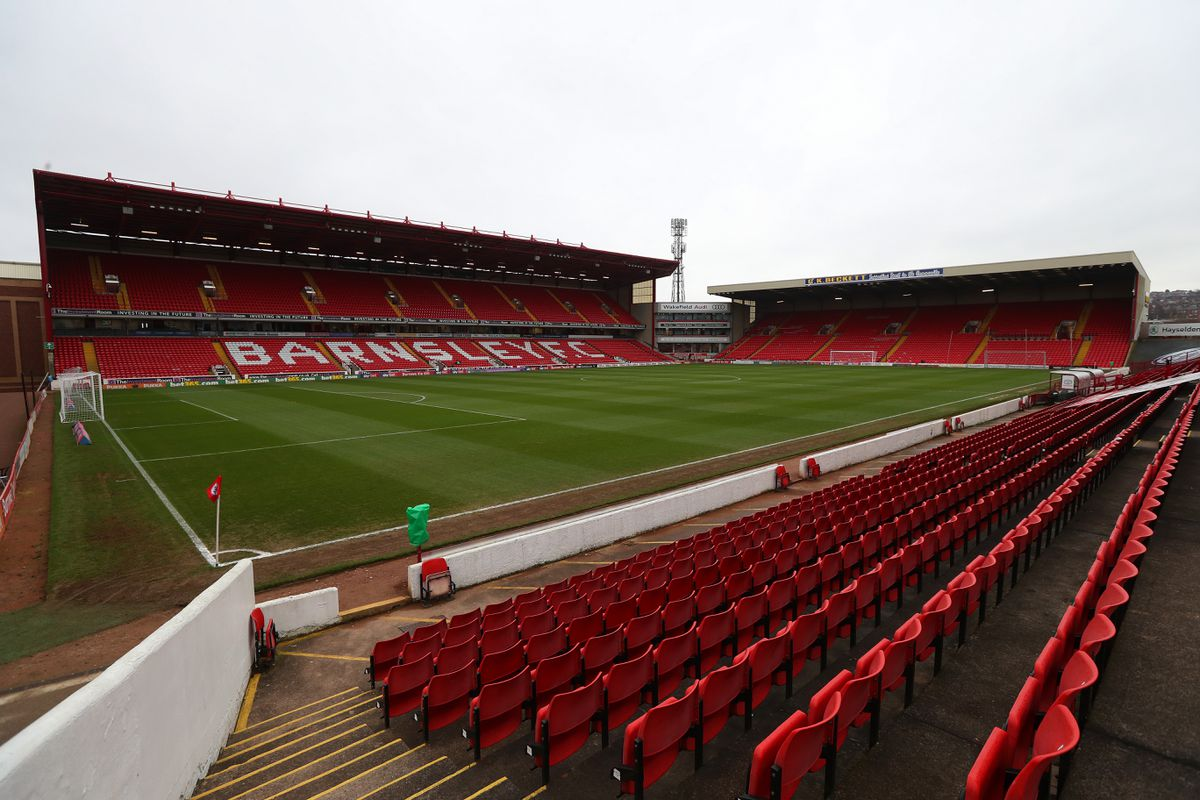 GV / General View of the pitch at Oakwell Stadium the home stadium of Barnsley FC. (AMA)